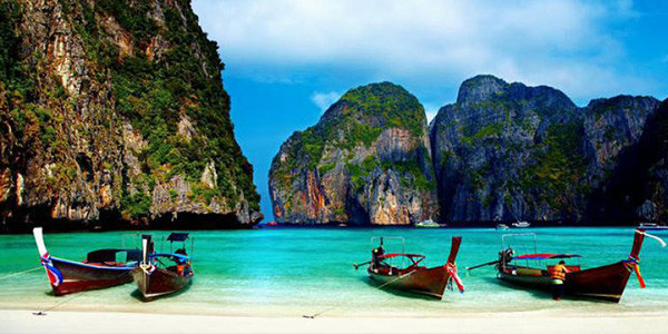 06 HARI - BANGKOK-PHUKET + PHI PHI ISLAND